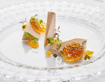 Foie Gras traditional, chamomile jelly, apricot pearls
